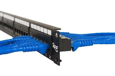 32-port CAT5-E UTP RJ45 Feed-Thru Panel